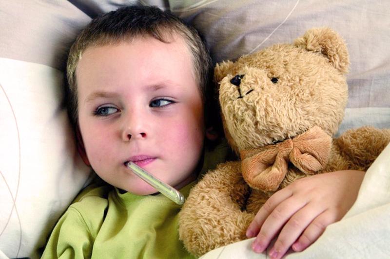 bambino febbre sconosciuta